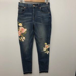 Maurices floral applique high-rise jeans size 1/2